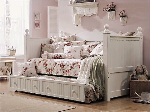 country style girls daybed with panel detailing and underbed  storage/trundle- Country Willow Furniture - Best 25+ Girls Daybed Ideas On Pinterest Girls Daybed Room, Ikea