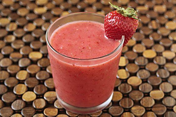 "Strawberry Coconut ""Milk""Shake: Strawberries Coconut, Coconut Milk Smoothie, Shakes Recipe, Protein Shakes, Coconut Smoothie, Soo Healthy, Healthy Food, Coconut Milkshakes, Absolute Delicious"