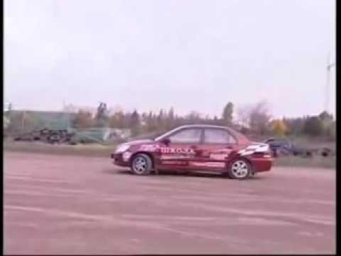 """Школа экстремального вождения - Как выполнить """" полицейский разворот"""""""