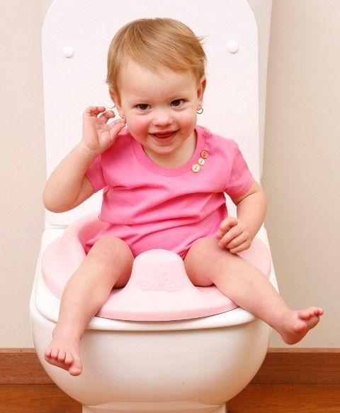 Il riduttore WC BUMBO TRAINER è morbido ed ergonomico come nessun altro riduttore: la sua speciale forma dà stabilità e sicurezza al tuo bambino.