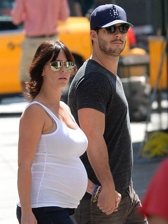 Jennifer Love Hewitt Welcomes Baby Girl Autumn, Secretly Marries Brian Hallisay