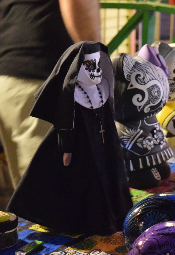 At First Friday Las Vegas October 2015 #dayofthedead #diadelosmuertos See the whole album at https://www.flickr.com/photos/43025149@N02/albums/72157659521665079