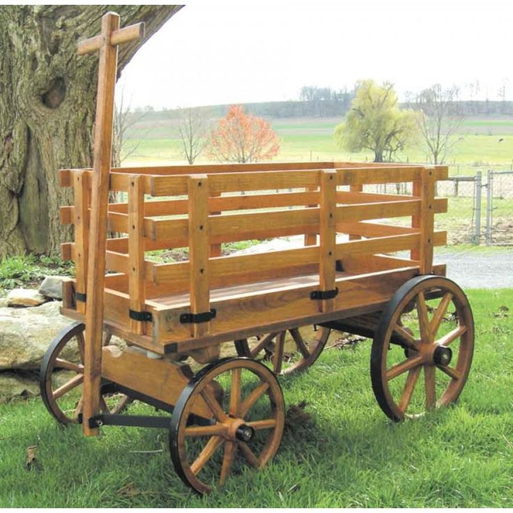 Amish Made Large Wooden Express WagonAmish Outdoor Planters & Plant Stands | Pinecraft.com • Flower Planters, Wall Planters, Wheelbarrow Planters, Wagon Planters And More