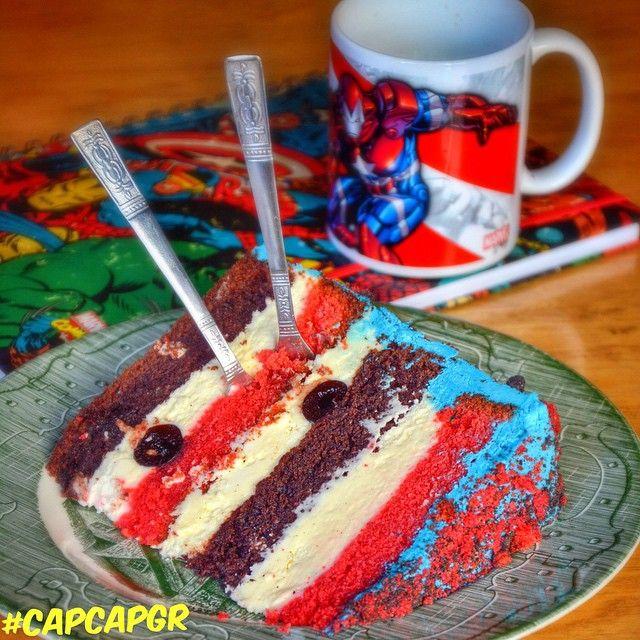 THOR Συνδυασμός από κέικ σοκολάτας, red velvet, cream cheese, πραλίνα βουτυρου και ολόκληρα κεράσια αμαρένα!