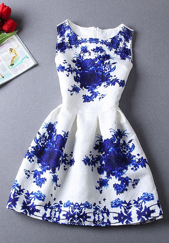 Porcelain print dress