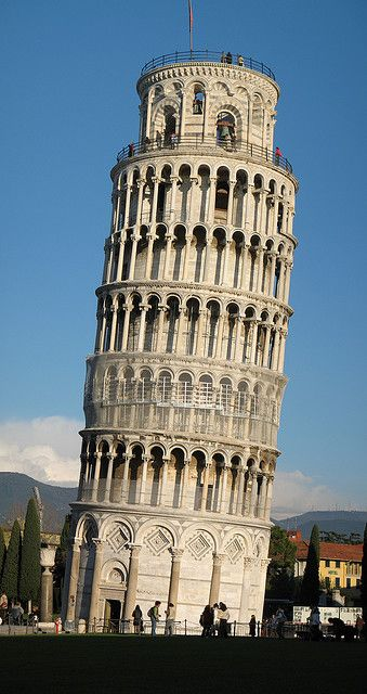 Leaning Tower of Pisa: been up to the top before it closed http://jensplaice.chachingbooking.com/