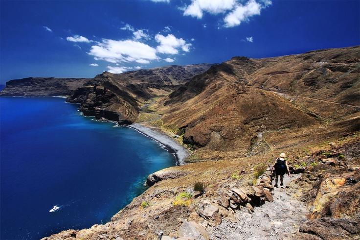 A couple's hiking tour across La Gomera - enjoyed reading their stories