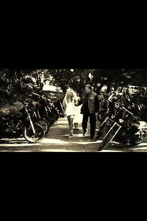 """Piney and Lyla.- walking her """"down the aisle"""" to marry Opie"""