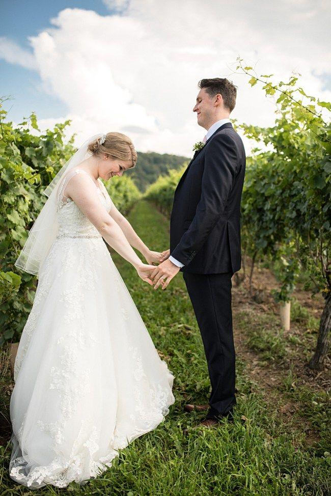 Toronto Wedding Photography, Alisha Lynn Photography - Inn on the Twenty + Cave Springs Winery: Laura + Alex Niagara on the lake Wedding. Here's some wedding photo inspiration!