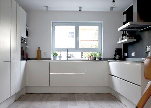 Die 25+ besten Ideen zu Moderne weiße küchen auf Pinterest | {Küchen modern l-form weiss 96}
