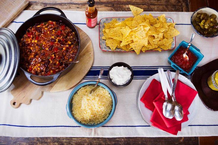 Kijk wat een lekker recept ik heb gevonden op Allerhande! Mexicaanse chili van twee soorten bonen met chips