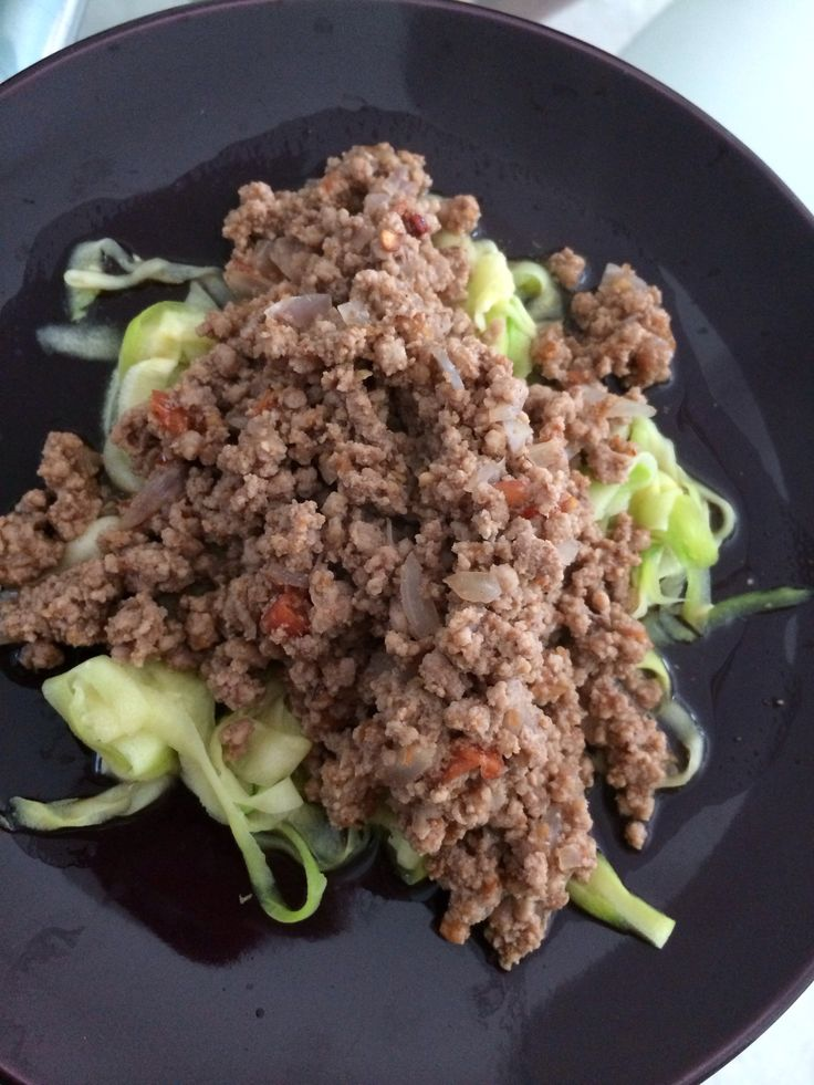 Cohen Diet: Meaty Spaghetti using #zoodles #cohenlifestyle