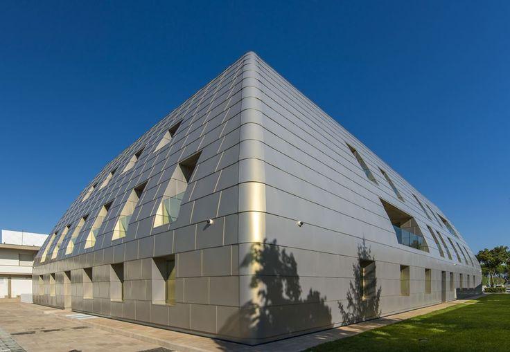 Banca Di Pisa, New Headquarters - Picture gallery #architecture #interiordesign #steel #headquarters