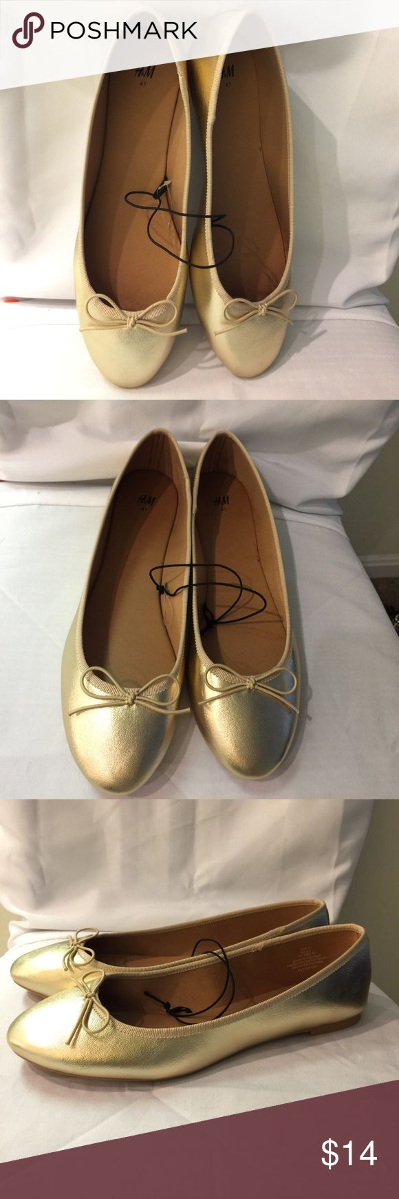 New H&M Gold metallic ballet flats with bow Great staple for closet. Shiny metallic gold flats. Tan interior. Great for work or play. Round toe. Bow at the toe. No trades. Reasonable offers welcome H&M Shoes
