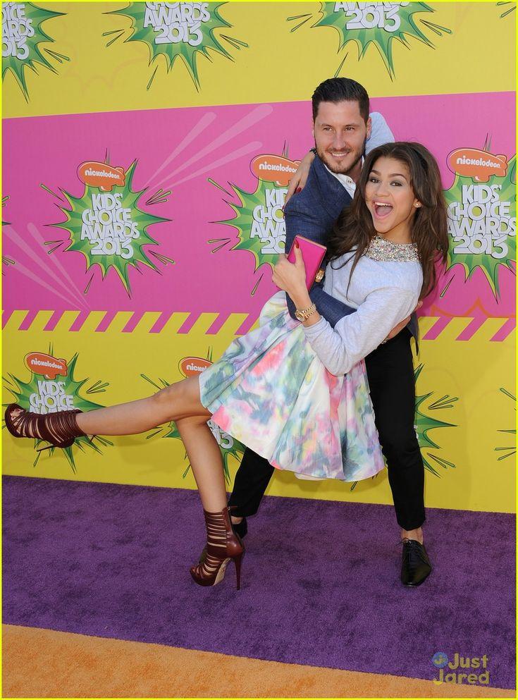 alexa vega carlos pena kcas couples 02, Alexa Vega keeps close to boyfriend actor Carlos Pena inside the 2013 Kids Choice Awards held at the USC Galen Center on Saturday (March 23) in Los Angeles.  …