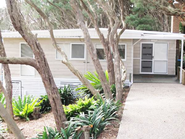 Sandy Ridge Retreats, Holiday Home Accommodation, Mornington Peninsula - pet friendly