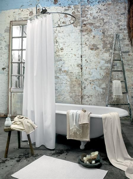 emmas designblogg - design and style from a scandinavian perspective. Antique claw foot tub... I miss the real deep tubs of yesteryear!