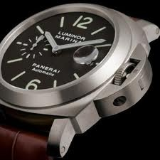 Panerai Luminor - Italian men and Italian watches....two great weaknesses to have.