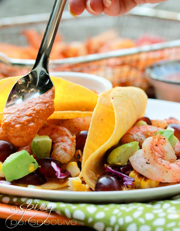 Shrimp Tacos with Grilled Corn, Grapes & Creamy Ranchero Sauce via @Sommer | A Spicy Perspective