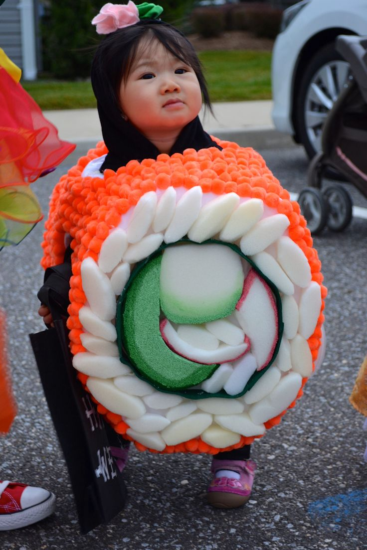 My friend's baby girl makes the cutest sushi roll. Hand made costume. Creative!!