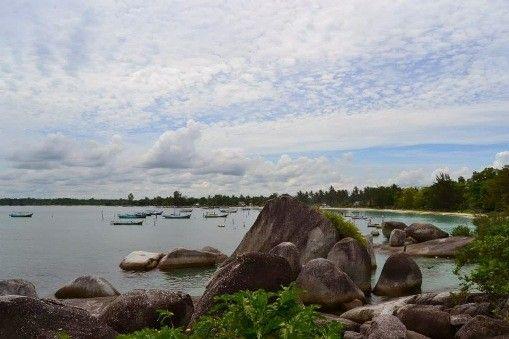 Pantai_Tanjung_Kelayang_2.jpg