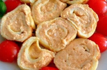Girandoline di frittata con patè al salmone