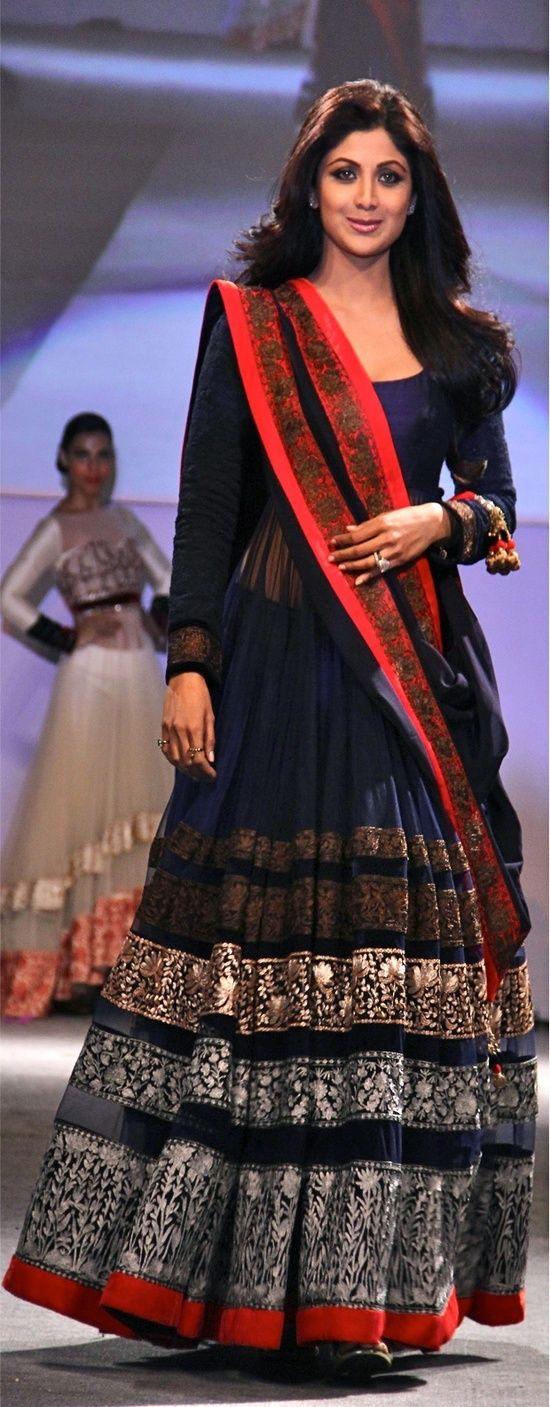 Shilpa Shetty in a blue and orange lehenga