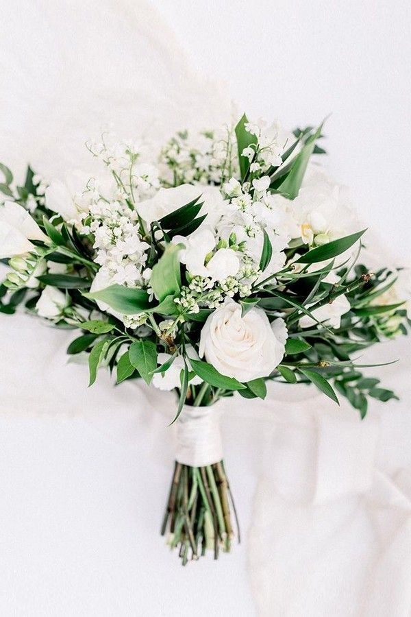 35 Simple White And Greenery Wedding Bouquets In 2020 Simple Wedding Bouquets Greenery Wedding Bouquet Wedding Flowers