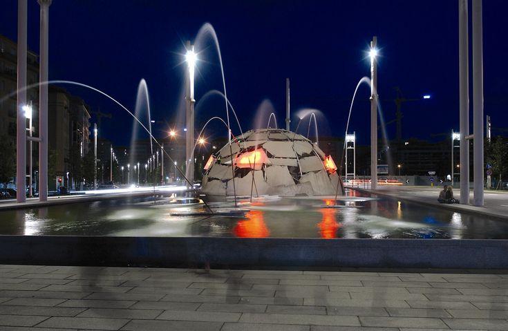 """""""Igloo"""" di Mario Merz. Fotografia di Michele D'Ottavio. © Archivio fotografico della Città di Torino e di Turismo Torino e Provincia"""