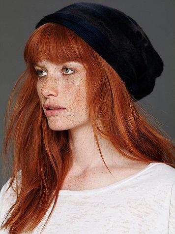 red hair + freckles = cute