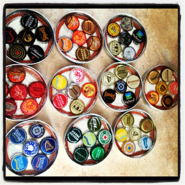 52 best beer cap crafts images on pinterest beer cap for What can i make with beer bottle caps