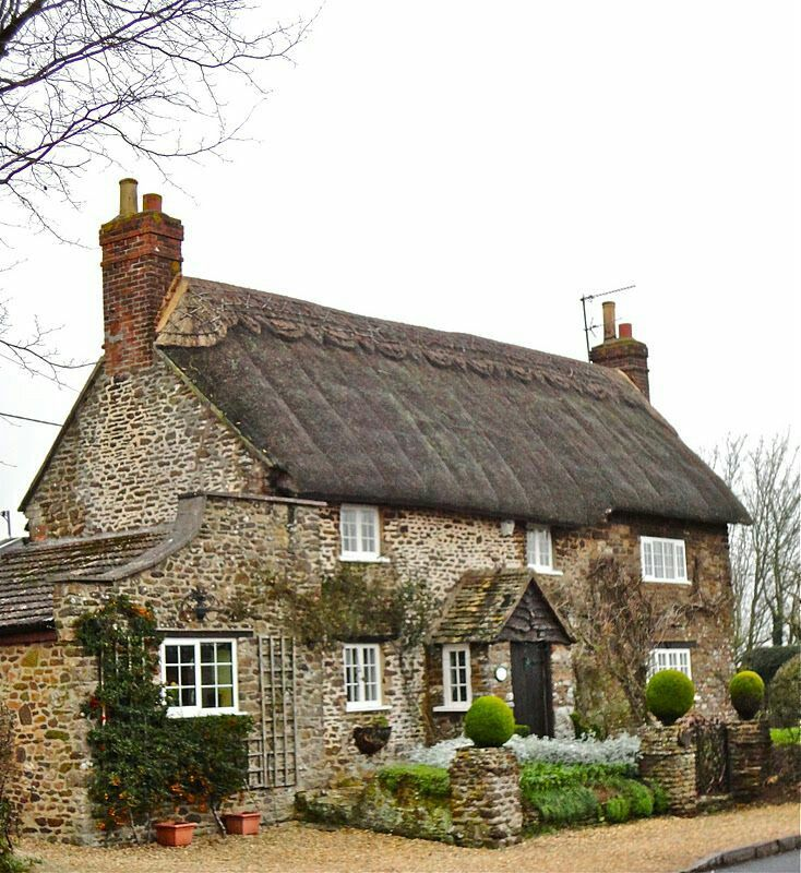stone thatched roof - Thatched Rood