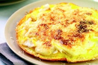 The Savoy's omelette Arnold Bennett (1867-1931), a British novelist, often visited the London's Savoy Hotel and enjoyed an omelette filled with smoked haddock. The hotel chef created the dish below for him which remains on