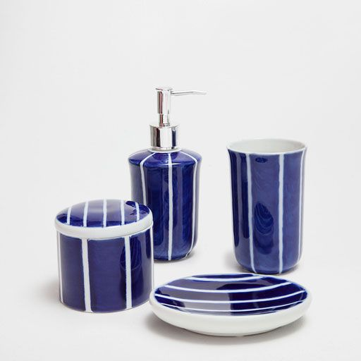 Image of the product BLUE STRIPED CERAMIC BATHROOM SET