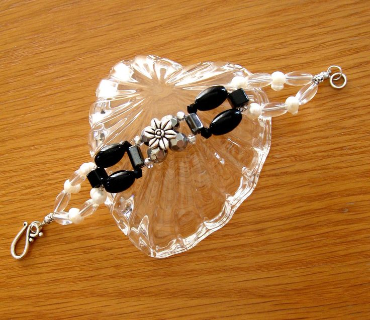 Dainty and Delicate Freshwater Pearl and Glass Bead Bracelet Art Nouveau Style.  Elegant Black and White Bracelet