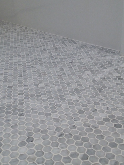 Carrara marble octagon tile tile design ideas Marble hex tile bathroom floor
