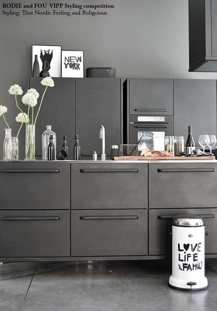 25 beste idee n over zwarte keukenapparatuur op pinterest zwarte apparaten hangende keuken - Deco hangende toilet ...