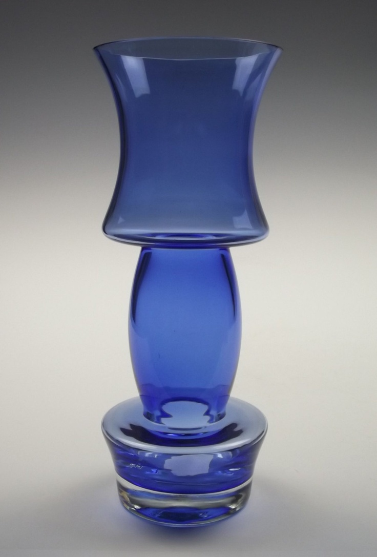 "11"" tall Riihimaki blue glass vase. £60.00, via Etsy."