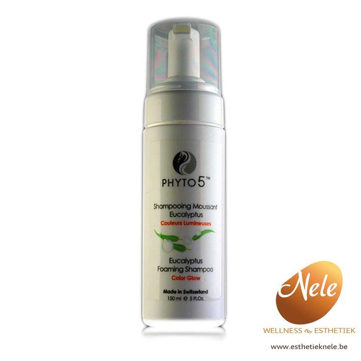 De Phyto 5 Eucalyptus shampoo vermindert het vaal worden van geverfd haar, reguleert de secretie van de talgklieren, voorkomt haaruitval en verstevigt kwetsbaar haar.