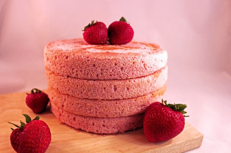 Watch Gretchen of Gretchen's Bakery take the fear out of making a chiffon cake! Strawberry Chiffon cake has never been so easy or delicious! Best recipe!