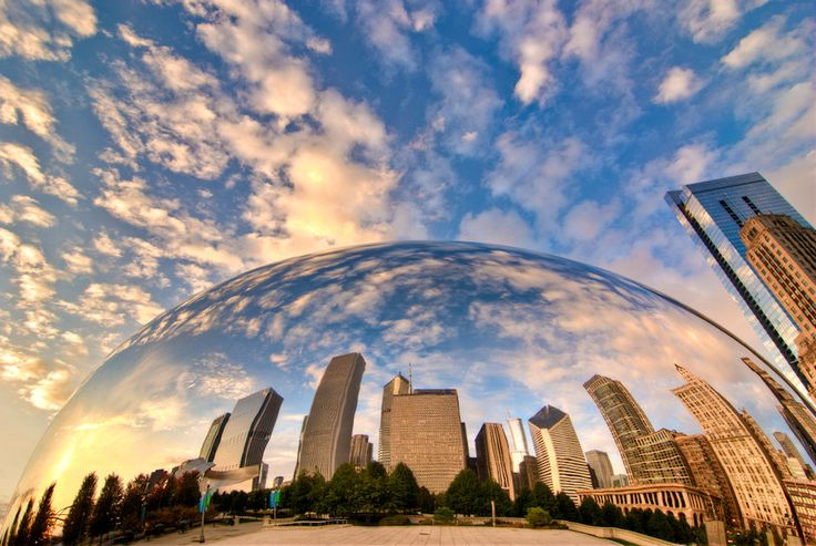Cloud Gate III.  Chicago Bean, early in the morning