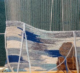 controlling weft tension in tapestry weaving--excellent tutorial with video
