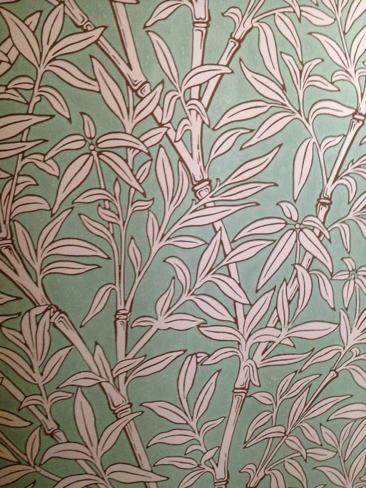 Gorgeous wallpaper seen on our visit to Scotney Castle. To read more go to www.denysandfielding.co.uk/blogs/news