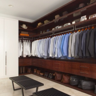 Closet ideas...should turn spare room into giant walk in closet haha