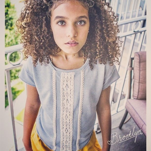 Natural hair, curly hair, kids fashion, style kids, Nordstorm, summer, kinky curly, NYC, Brooklyn, New Young Chic, kid model, gray, yellow, photography