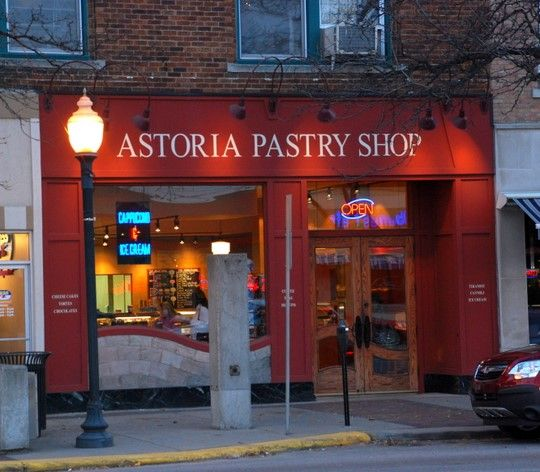 If you go to Greektown in downtown Detroit you must go to Astoria bakery!!!