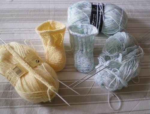 Tricot Layette - Chaussons pour bébé commencés par la semelle