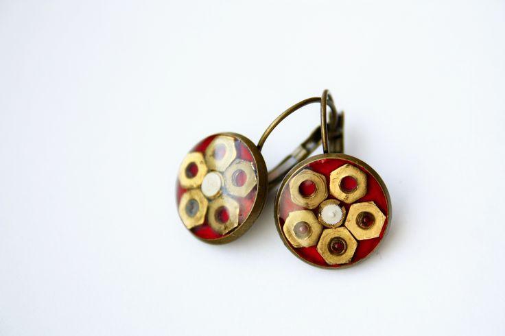 steampunk earrings by JeanneNoire Handmade Crafts https://www.facebook.com/JeanneNoire.HandmadeCrafts