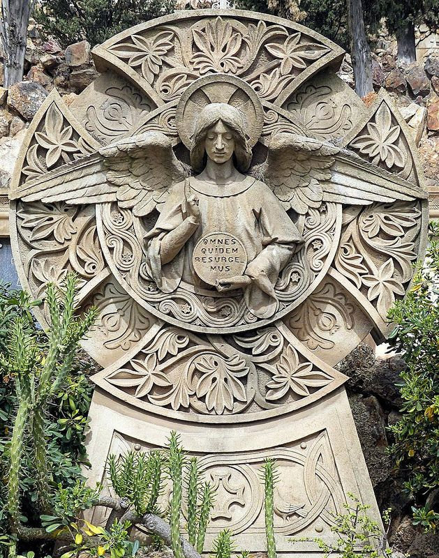Barcelona - Cementiri de Montjuïc 035 a   Flickr - Photo Sharing!