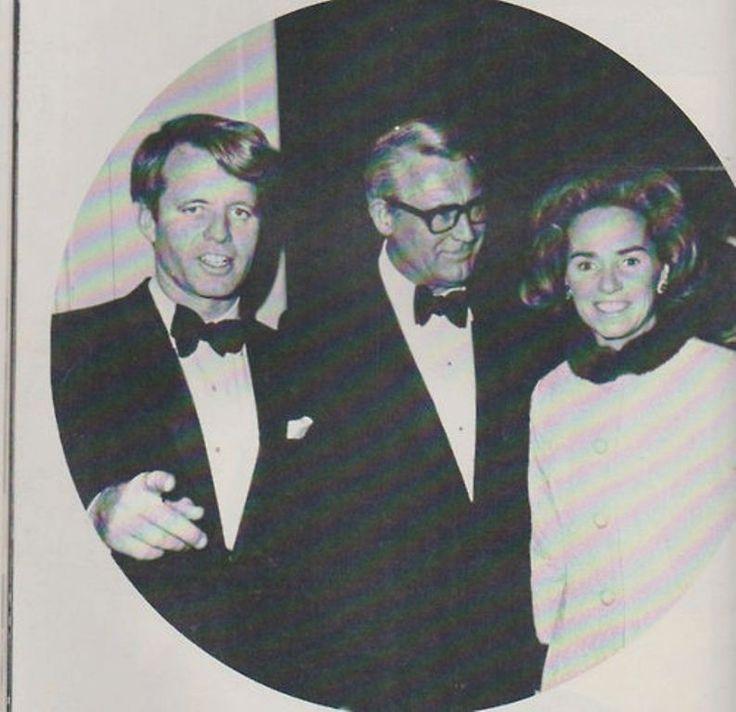 Left to right: Senator Robert Kennedy, Actor Cary Grant, Mrs. Robert Kennedy, following a Democratic Fund-raising dinner. ♥❃❋✽✾❀❃ ♥ http://en.wikipedia.org/wiki/Robert_F._Kennedy http://en.wikipedia.org/wiki/Ethel_Kennedy